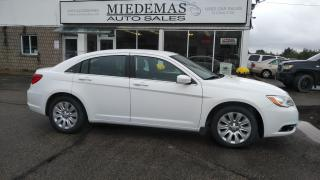 Used 2013 Chrysler 200 LX for sale in Mono, ON
