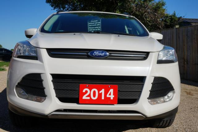 2014 Ford Escape SE 4WD Priced to sell regardless of your credit situation, we can help!!!