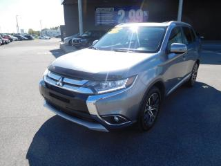 Used 2016 Mitsubishi Outlander ES, AWD, TOIT, CUIR, CAMERA, A/C, BLUETOOTH for sale in Mirabel, QC