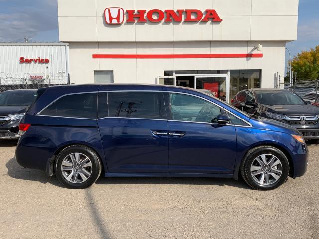 2016 Honda Odyssey Touring LEATHER NAVI DVD