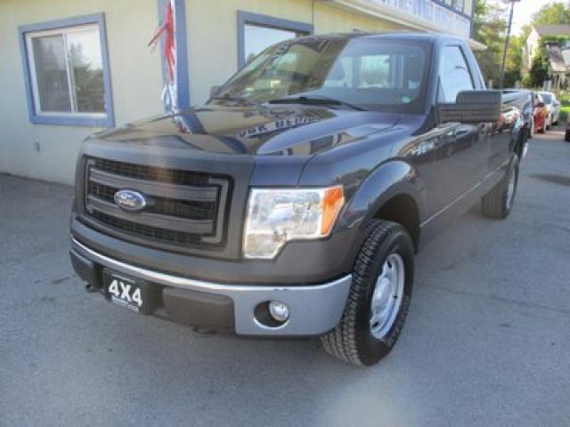 2014 Ford F-150 READY TO WORK XL MODEL 3 PASSENGER 5.0L - V8.. 4X4.. REGULAR CAB.. 8-FOOT BOX.. CD/AUX/USB INPUT.. KEYLESS ENTRY..