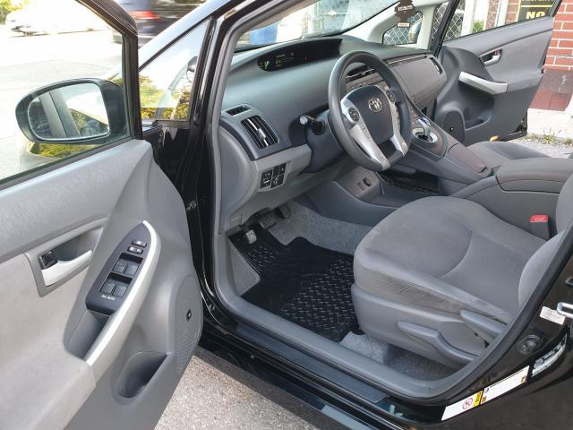 2010 Toyota Prius  Photo9