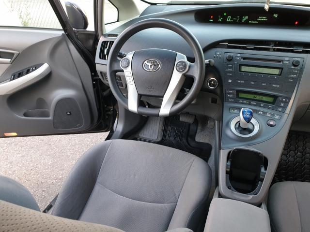 2010 Toyota Prius  Photo14