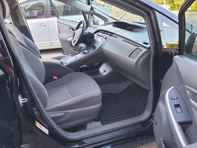 2010 Toyota Prius  Photo15