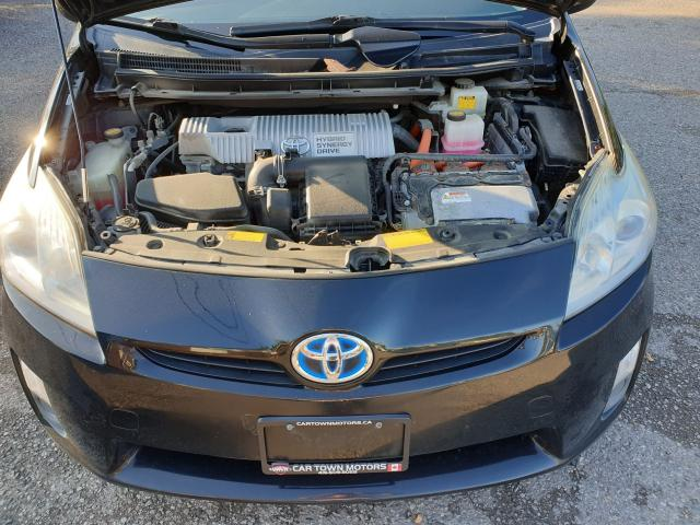 2010 Toyota Prius  Photo25