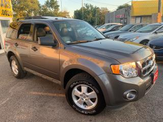 Used 2012 Ford Escape XLT/ LEATHER/ SUNROOF/ ALLOYS/ FOG LIGHTS/ TINTED! for sale in Scarborough, ON