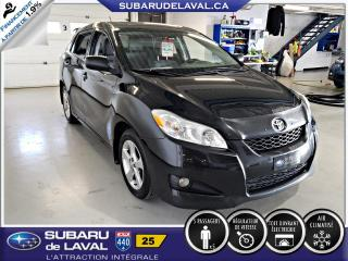 Used 2012 Toyota Matrix S ** Toit ouvrant ** for sale in Laval, QC