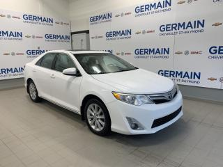 Used 2012 Toyota Camry XLE- CUIR- TOIT OUVRANT- BLUETOOTH for sale in St-Raymond, QC