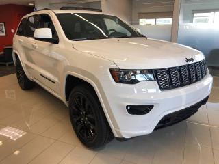 Used 2019 Jeep Grand Cherokee Laredo 4x4 ALTITUDE PDSF 55 535$ for sale in Sorel-Tracy, QC