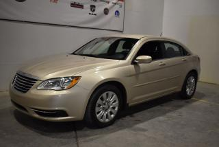 Used 2014 Chrysler 200 LX+très bas KM 2.4 litres for sale in Sherbrooke, QC