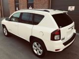 Photo of Bright White 2014 Jeep Compass