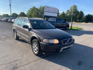 Used 2006 Volvo XC70 w/Sunroof for sale in Komoka, ON