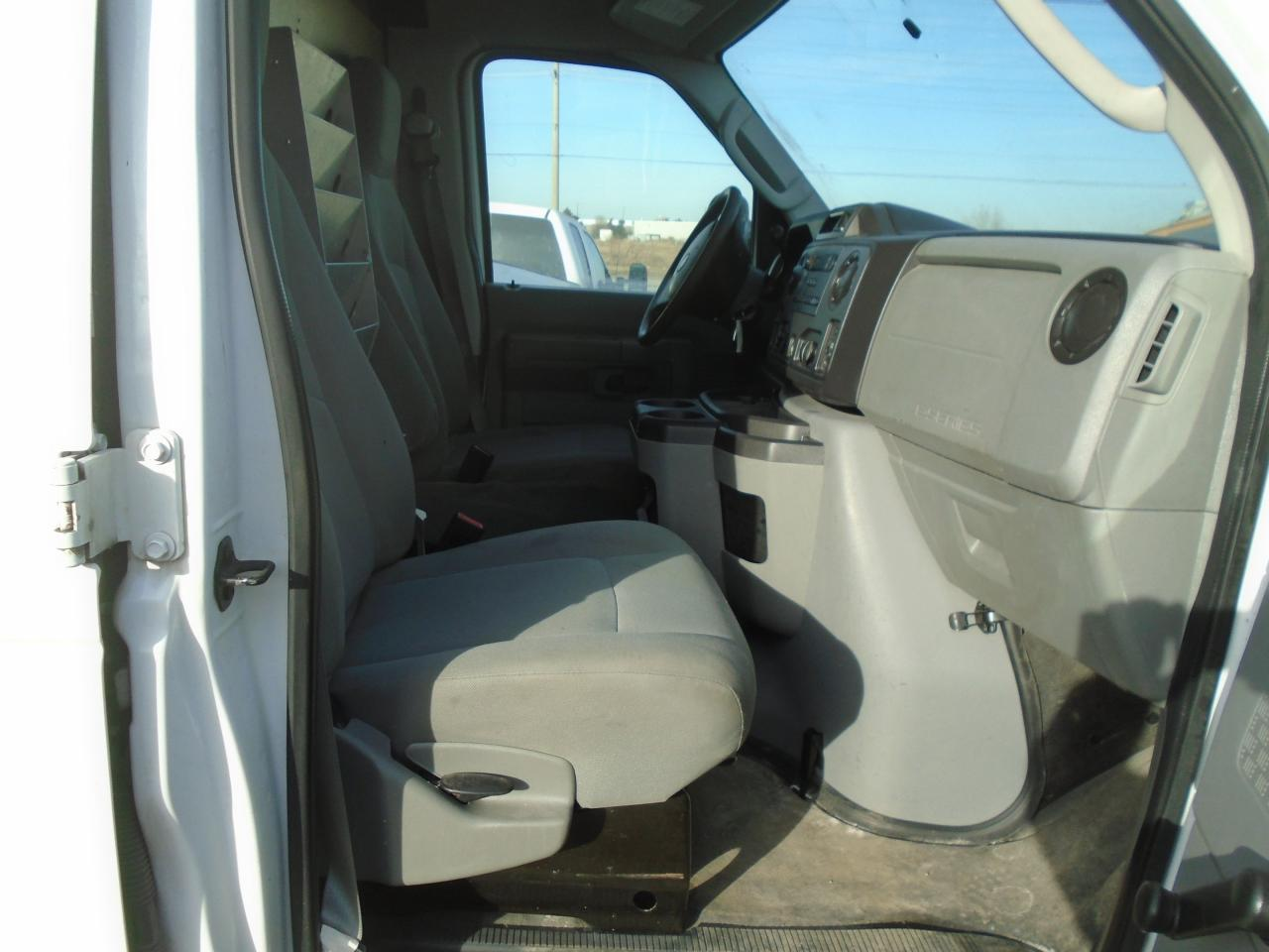 2011 Ford E350