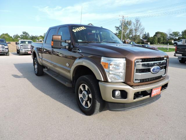 2011 Ford F-350 King Ranch. Diesel. well oiled