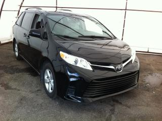 Used 2019 Toyota Sienna LE 8-Passenger POWER DOOR GROUP, POWER WINDOW GROUP,  REAR CLIMATE, REVERSE CAMERA for sale in Ottawa, ON