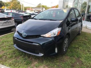 Used 2017 Toyota Prius V 5 portes for sale in Québec, QC