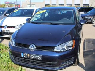 Used 2017 Volkswagen Golf COMFORTLINE, AUTOMATIQUE, TOIT PANO, ENSEMBLES COM for sale in Lasalle, QC