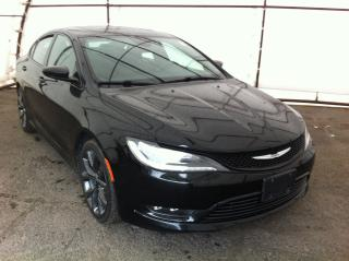 Used 2015 Chrysler 200 ALL WHEEL DRIVE, NAVIGATION, DUAL ZONE CLIMATE, FACTORY REMOTE STARTER, BLIND SPOT AND CROSS PATH DE for sale in Ottawa, ON
