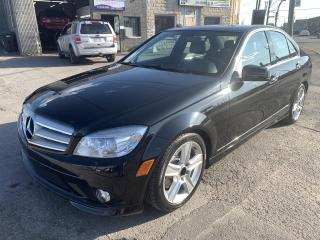 Used 2010 Mercedes-Benz C-Class C 300 berline 4 portes 4MATIC for sale in Montréal-Nord, QC