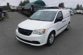 Used 2014 Dodge Caravan Cargo Van with Bulkhead Divider and Shelving for sale in Burnaby, BC