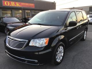 Used 2016 Chrysler Town & Country CAMERA DE RECUL-BLUETOOTH for sale in Laval, QC