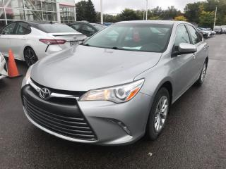Used 2016 Toyota Camry LE for sale in Québec, QC