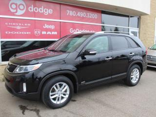 Used 2015 Kia Sorento LX AWD / HEATED SEATS for sale in Edmonton, AB