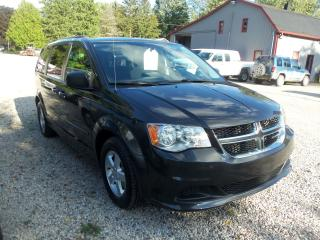 Used 2011 Dodge Grand Caravan SE for sale in London, ON