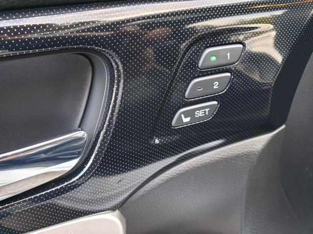 2013 Honda Accord EX-L Photo20