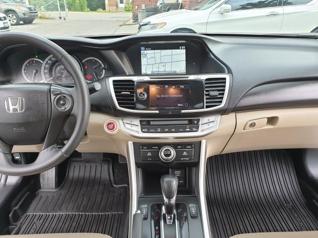 2015 Honda Accord Touring Photo22