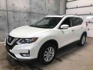 Used 2019 Nissan Rogue SV AWD , TOIT PANO, CARPLAY, ANGLE MORT,   SIEGES CHAUFFANT for sale in St-Nicolas, QC