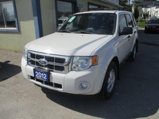 Used 2012 Ford Escape FOUR-WHEEL DRIVE XLT MODEL 5 PASSENGER 3.0L - V6.. LEATHER.. HEATED SEATS.. POWER SUNROOF.. BLUETOOTH SYSTEM.. FLEX FUEL.. for sale in Bradford, ON