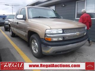 Used 2001 Chevrolet Silverado 1500 4D EXT CAB 2WD for sale in Calgary, AB