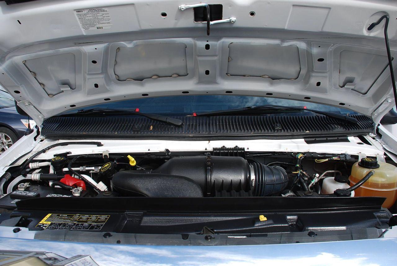 2016 Ford E-450