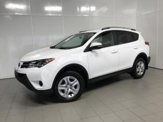 Used 2015 Toyota RAV4 LE, Traction Avant, A/C, CAM for sale in Montréal, QC