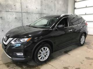 Used 2018 Nissan Rogue SV AWD TOIT OUVRANT AWD APPLE CARPLAY CAMERA for sale in St-Nicolas, QC