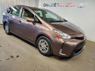 Used 2016 Toyota Prius V Groupe Luxe - Cuir + Navigation for sale in Montréal, QC