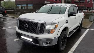 Used 2017 Nissan Titan SV Crew Cab 4X4 for sale in Ste-Foy, QC
