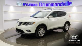 Used 2016 Nissan Rogue SV + AWD + TOIT PANO + CAMERA + MAGS !! for sale in Drummondville, QC