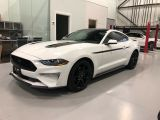Photo of White 2019 Ford Mustang