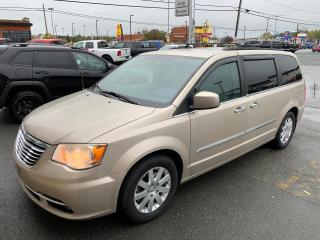 Used 2012 Chrysler Town & Country TOURING for sale in Val-D'or, QC