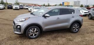 Used 2020 Kia Sportage LX FWD; ADVANCED SAFTEY, BLUETOOTH, BACKUP CAM, HEATED SEATS AND MORE! for sale in Edmonton, AB