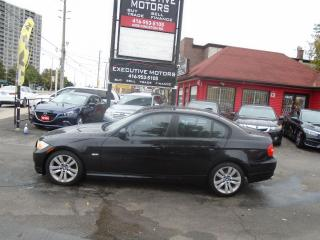 Used 2009 BMW 3 Series 323i/ LOW KM / ALLOYS / LEATHER/ HEATED SEATS/MINT for sale in Scarborough, ON