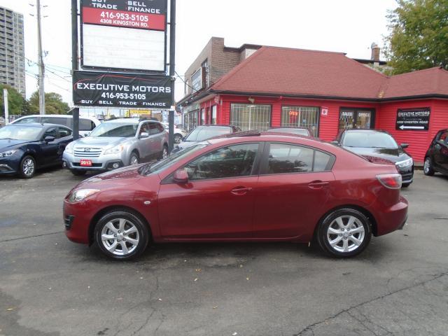 2010 Mazda MAZDA3 GS/ LOW KM / CLEAN / ALLOYS / NEW BRAKES/CERTIFIED