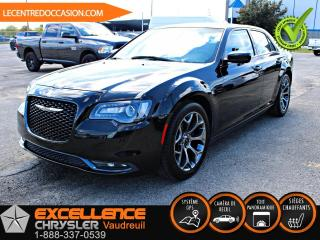 Used 2018 Chrysler 300 300 S *CUIR/TOIT/NAV/CAMERA* for sale in Vaudreuil-Dorion, QC