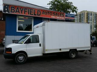 Used 2009 Chevrolet Express Commercial Cutaway 14' Cube Van **A/C/Hydraulic Tailgate/Only 55k** for sale in Barrie, ON