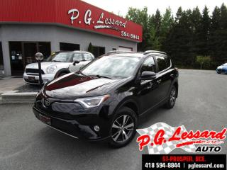 Used 2017 Toyota RAV4 Xle awd toit camera siege chauffant for sale in St-Prosper, QC