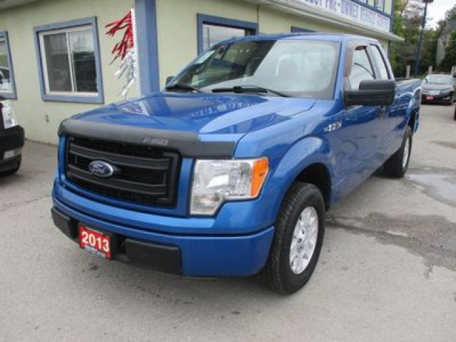 2013 Ford F-150 WORK READY STX EDITION 6 PASSENGER 5.0L - V8.. TWO-WHEEL DRIVE.. EXTENDED-CAB.. SHORTY.. CD/AUX INPUT.. TOW SUPPORT..