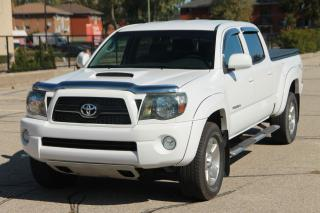 Used 2011 Toyota Tacoma V6 CERTIFIED for sale in Waterloo, ON