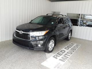 Used 2015 Toyota Highlander LIMITED  for sale in Red Deer, AB